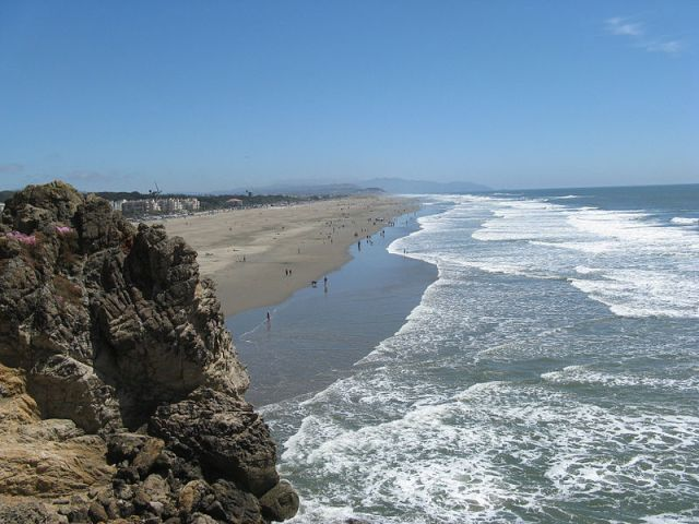 800px-Pacific_Ocean_Beach-San_Francisco