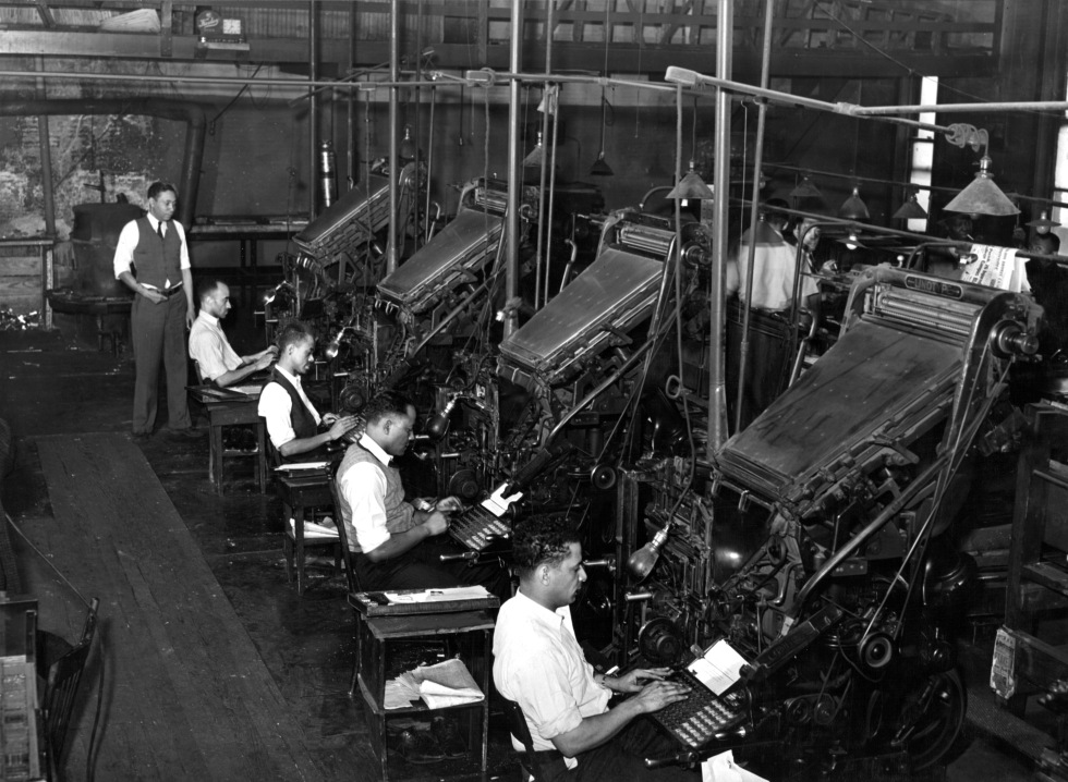 Linotype operators of the Chicago Defender, 1941. Russell Lee [Public domain], via Wikimedia Commons.