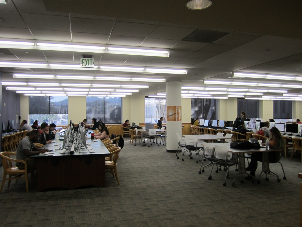Computer lab on library first floor