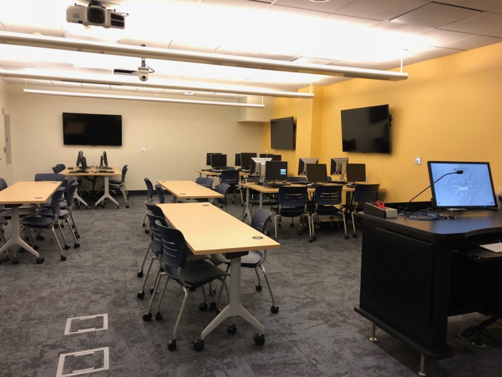 electronic classroom from instructor's view